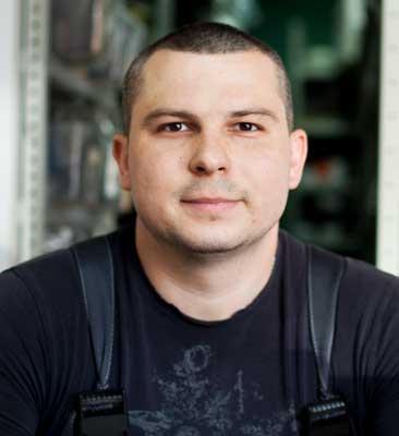 Виктор Подольный